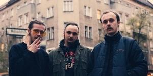 Συνέντευξη Molchat Doma: Νιώθουμε άνετα να γράφουμε μουσική στα ρώσικα