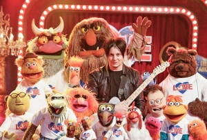 Jack White & The Muppets: Διασκευάζουν White Stripes και Stevie Wonder .